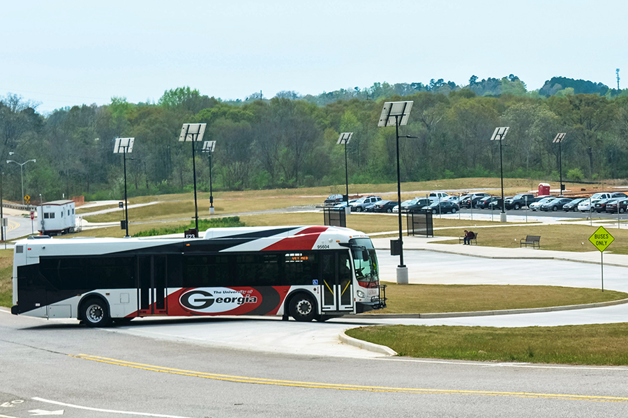 Photo of a UGA bus pulling into the Park & Ride.